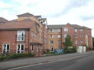 2 bedroom Flat for sale in Oakley Court...