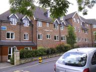 2 bedroom Apartment in Longleat Court...