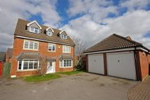 5 bed Detached home in Cony Walk, Grange Park...