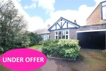 Bungalow for sale in Fryston Avenue, Coulsdon...