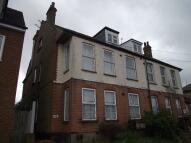 2 bedroom Flat to rent in Carlton Avenue...