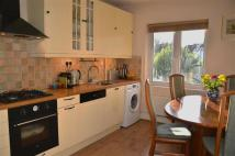 Flat to rent in Windermere Avenue...