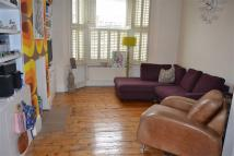3 bed Terraced home in Squires Lane, Finchley...