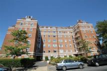 2 bed Flat to rent in Rutland Court, Hove