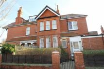 Flat to rent in Vallance Gardens, Hove