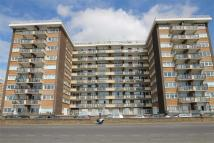 Flat in Kingsway Court, Hove