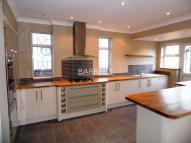 4 bed Detached house in Ditton Court Road...