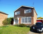 4 bedroom Detached house in Burrows Way, Rayleigh...