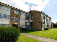 Flat in Worcester Drive...