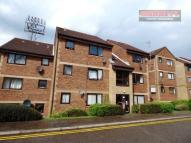 Flat in Priory Court...