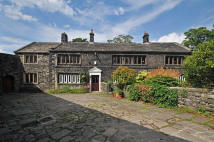 5 bed Farm House in Higher Stoodley Farm...