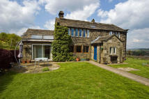 4 bed Farm House in Hill House Lane...