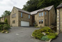 5 bedroom Detached property for sale in Rochdale Road, Walsden...