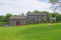 3 bedroom Farm House in Stubbylee Lane, Bacup...