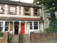 Flat in Percival Road, Enfield...