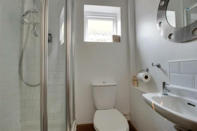 DS shower room.jpg