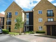 2 bed Flat to rent in Nightingale Court...
