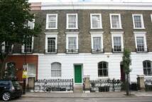 2 bedroom Flat in St Peters Street, London...