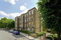 2 bed Flat to rent in Crescent Mansions...