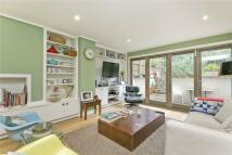 2 bed Flat to rent in Aberdeen Road, Highbury...