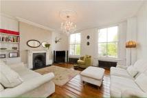 4 bed property to rent in Almorah Road, Canonbury...