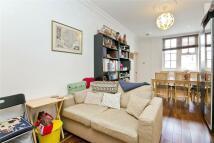 1 bedroom Flat in Florence Street...