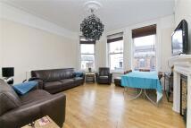 4 bedroom Flat in Upper Street, London, N1