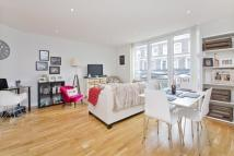 Flat to rent in Basire Street, Islington...