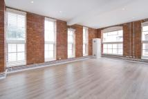 3 bed Flat to rent in Henshall Street...