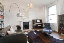 3 bed Flat in Highbury New Park...