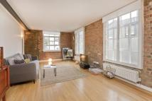 Flat to rent in Carysfort Road...