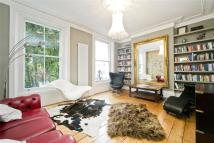 4 bed house in Offord Road, Barnsbury...