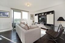 3 bedroom Flat in Marley House...
