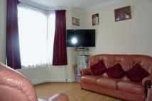 Pearl Road Terraced house to rent