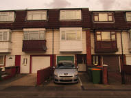 Terraced home to rent in Nottingham Avenue...