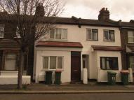 5 bedroom Terraced house to rent in King George Avenue...