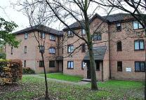 Flat for sale in Linnet Way, Purfleet