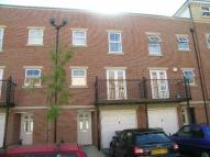Town House to rent in Craven Street, St Marys...