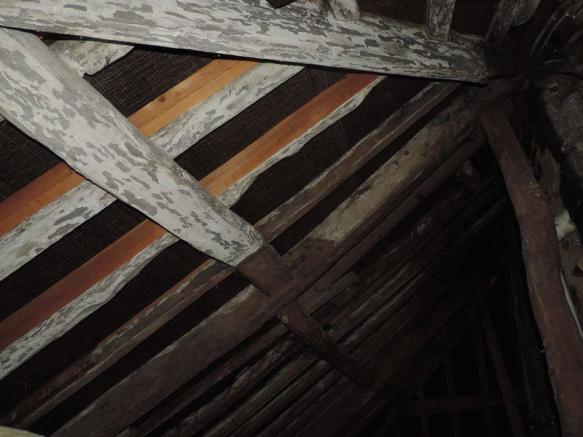 Roof Beams Abo...