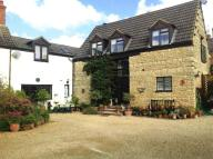3 bed Barn Conversion in London Road, Wollaston...