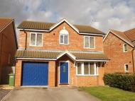 Detached property in Feastfield Close...