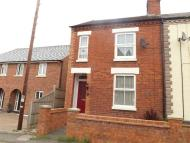 2 bedroom home in London Road, Wollaston...