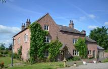 7 bed Farm House for sale in Grange Road, Bronington