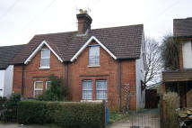 2 bedroom semi detached home in Frenches Road, Redhill...