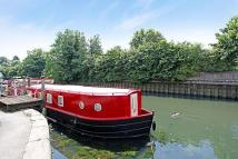 House Boat to rent in Ham Wharf, Brentford, TW8