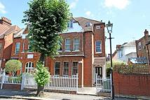 Apartment to rent in Esmond Road, Chiswick W4