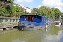House Boat in Chiswick Quay Marina for sale