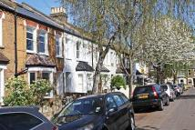 3 bed house in Pyrmont Road, Chiswick...