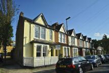 3 bedroom house in Geraldine Road, Chiswick...