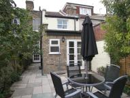 2 bed home in Pyrmont Road, Chiswick...
